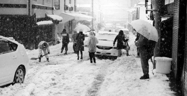 大雪 交通機関 ライフプラン